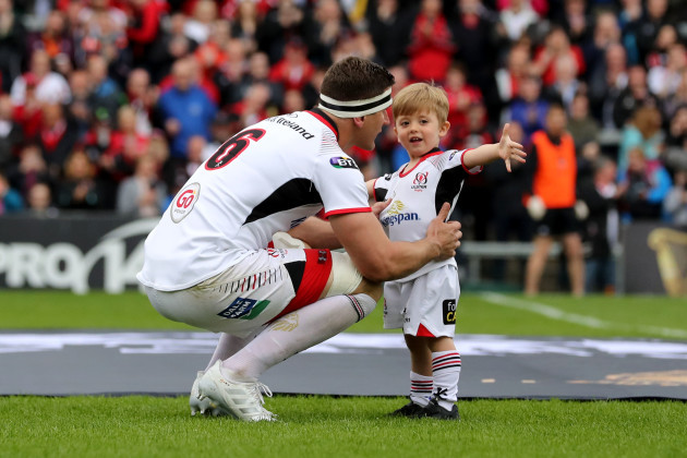 robbie-diack-with-son-before-the-game
