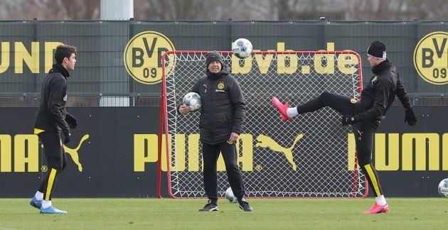 firo-12-02-2020-football-1-bundesliga-season-20192020-bvb-borussia-dortmund-training