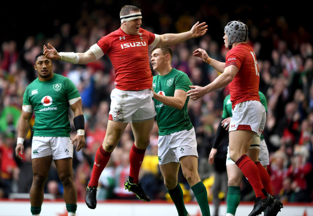 hadleigh-parkes-celebrates-scoring-a-try-with-jonathan-davies