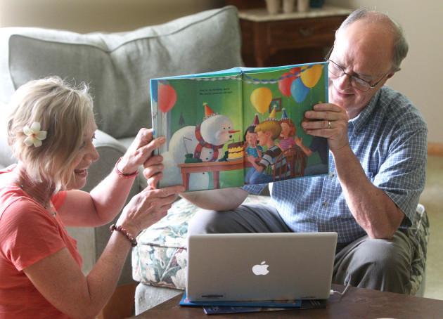 seniors-using-skype-in-ohio