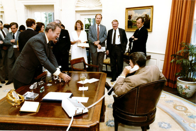 baker-and-reagan-celebrate-victory
