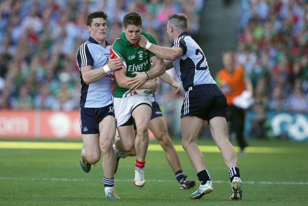 diarmuid-connolly-and-paul-flynn-with-lee-keegan