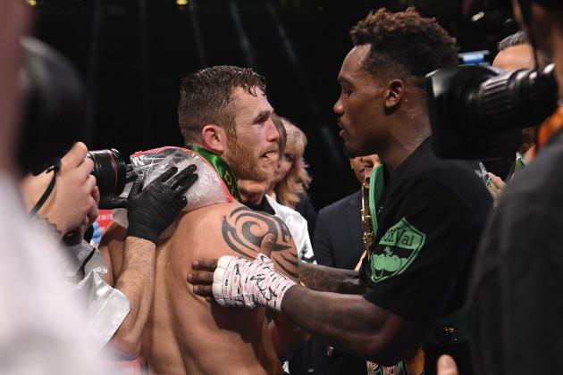 boxing-charlo-vs-hogan