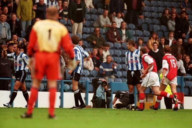 soccer-fa-carling-premiership-sheffield-wednesday-v-arsenal