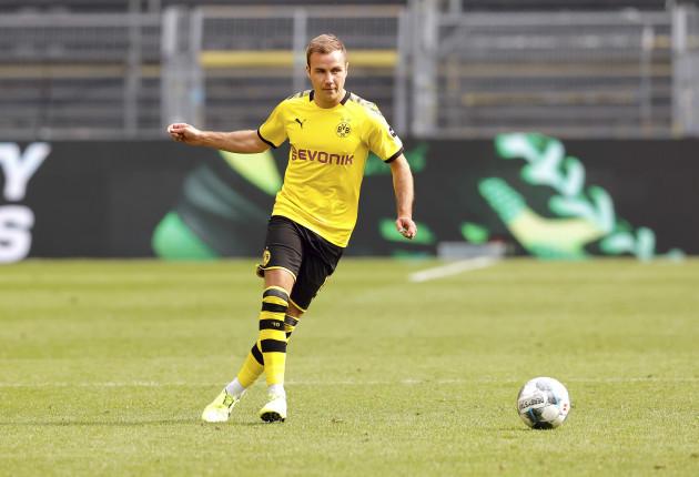 soccer-1-bundesliga-borussia-dortmund-fc-schalke-04-4-0