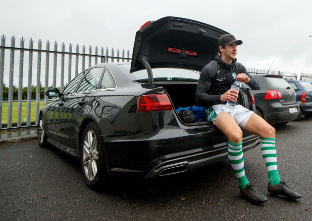 lorcan-smyth-changes-in-the-car-after-getting-ready-for-the-game