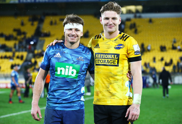 jordie-barrett-and-beauden-barrett-after-the-game