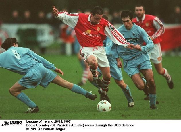 eddie-gormley-st-patricks-athletic-races-through-the-ucd-defence-28121997
