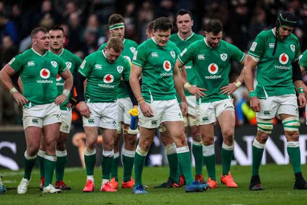 a-disappointed-dave-kilcoyne-keith-earls-jacob-stockdale-robbie-henshaw-and-ultan-dillane-after-the-game-2322020
