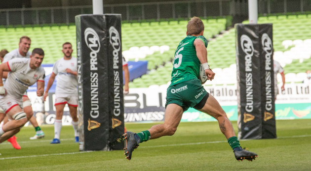 john-porch-scores-his-sides-opening-try