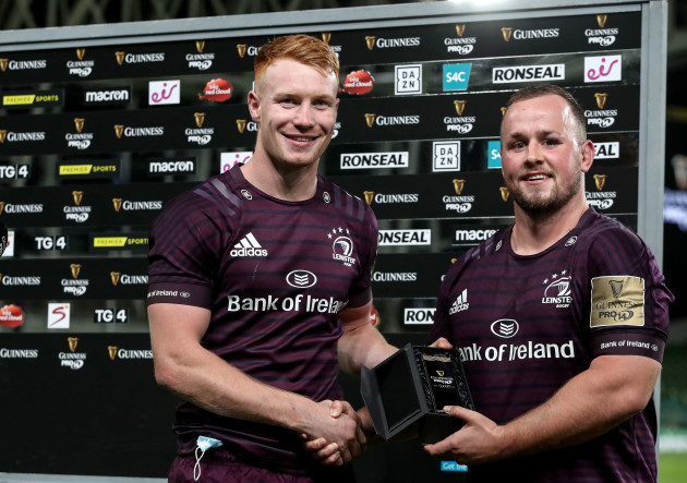 ciaran-frawley-presents-ed-byrne-with-the-guinness-pro14-player-of-the-match-award