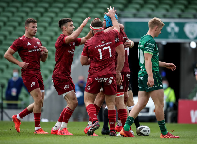 tadhg-beirne-celebrates-scoring-a-try-with-liam-oconnor-and-conor-murray