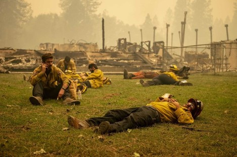 california-wildfires-2020-bear-fire