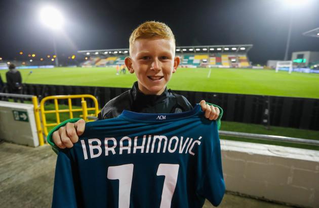 jack-greene-with-zlatan-ibrahimovics-jersey