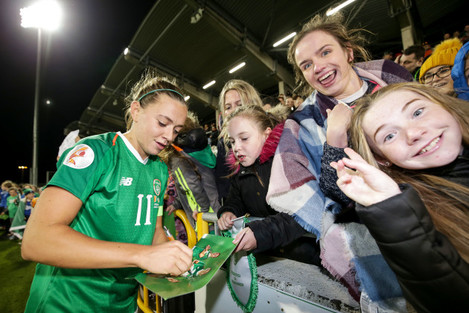 katie-mccabe-signs-autographs-after-the-game