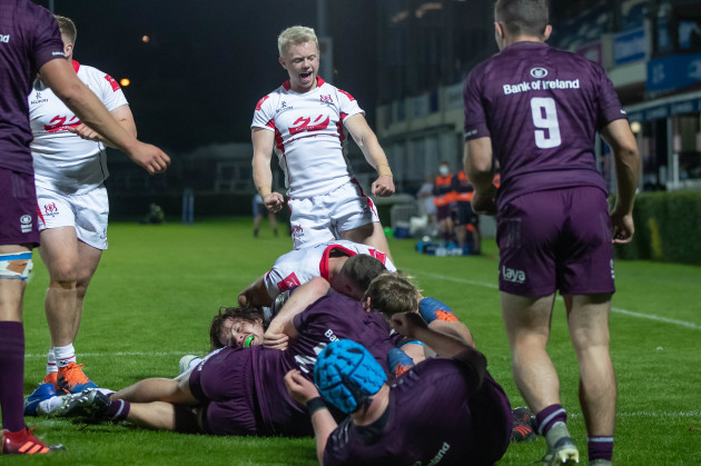 dave-shanahan-celebrates-adam-mcburneys-try