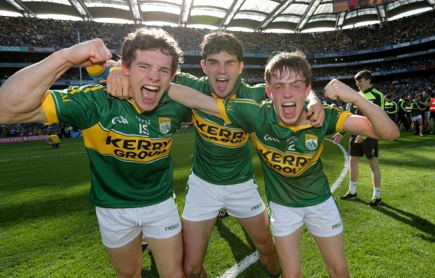 tomas-ose-cormac-coffey-and-matthew-flaherty-celebrate-after-the-game
