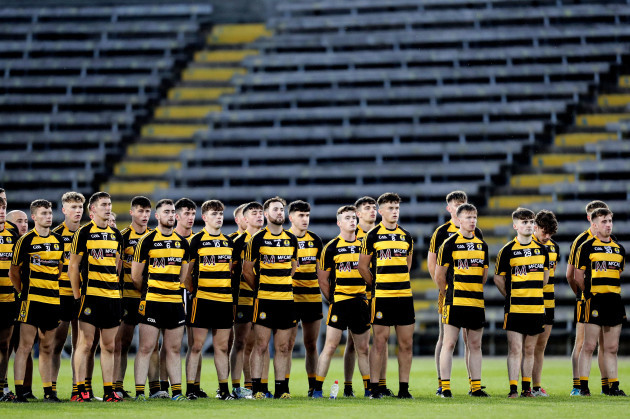 crosserlough-players-stand-for-the-national-anthem