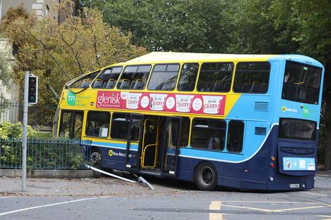 BUS CRASH 8L5A7616