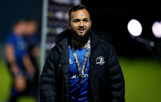 jamison-gibson-park-is-presented-with-the-guinness-pro14-player-of-the-match-award-after-the-game