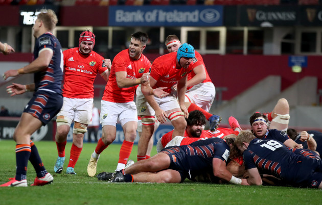 conor-murray-celebrates-with-tadgh-beirne-after-cj-stander-scores-a-try