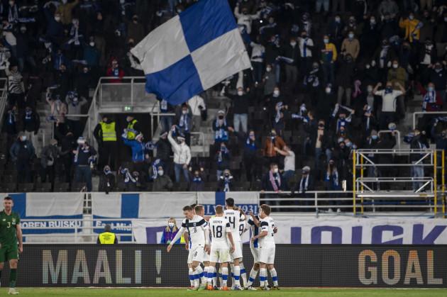 fredrik-jensen-celebrates-scoring-their-first-goal-with-teammates
