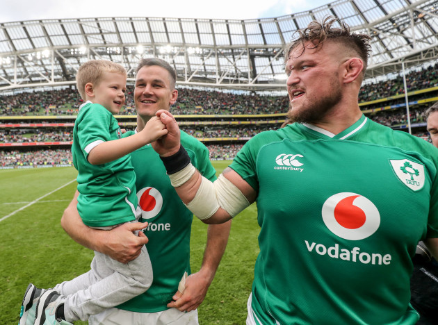 andrew-porter-with-jonathan-sexton-and-his-son-luca-after-the-game