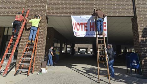 voting-in-wilkes-barre-us-15-oct-2020