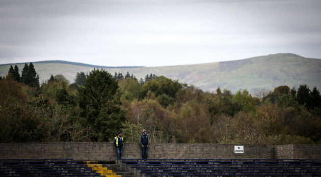 stewards-watching-the-game-with-the-wicklow-mountains-in-the-background