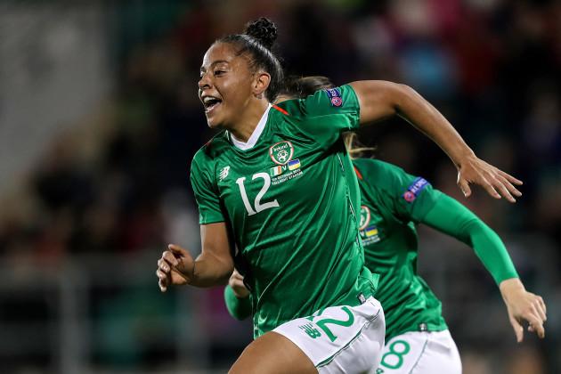 rianna-jarrett-celebrates-scoring-her-sides-second-goal