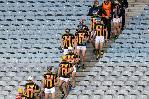 the-kilkenny-team-take-to-the-pitch-before-the-second-half