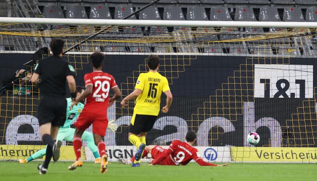 firo-07-11-2020-soccer-soccer-1st-bundesliga-season-202021-bvb-borussia-dortmund-fc-bayern-munich-muenchen