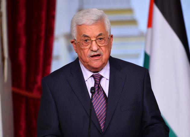francois-hollande-receives-palestinian-president-mahmoud-abbas-paris