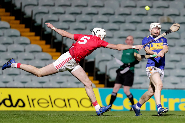 paul-flynn-scores-a-point-despite-tim-omahony