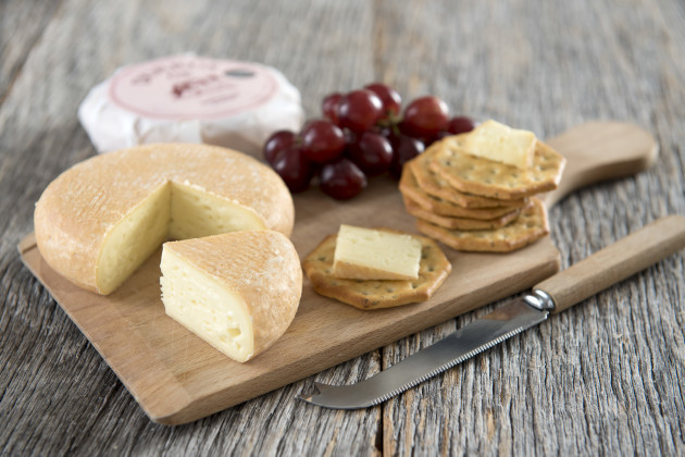 Food style cheese board