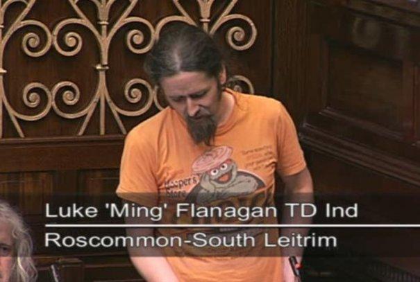 Pics: Luke Ming Flanagan wears his Oscar the Grouch t-shirt