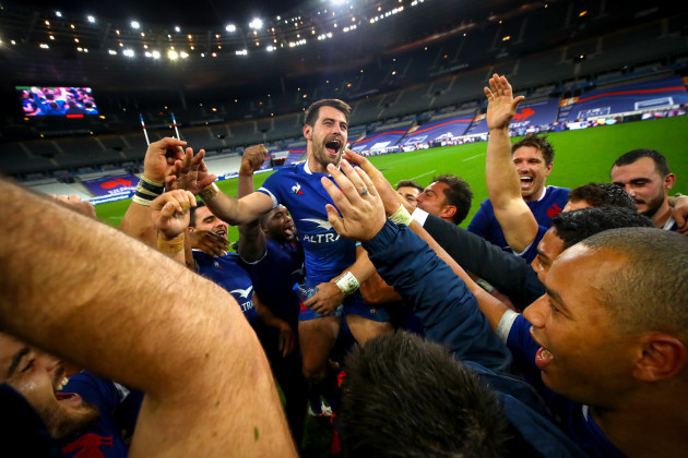 arthur-retiere-celebrates-with-his-team-after-the-game