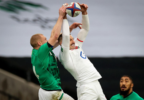 keith-earls-competes-in-the-air-with-jonny-may
