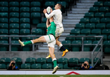 jonny-may-wins-in-the-air-against-hugo-keenan-to-then-score-a-try