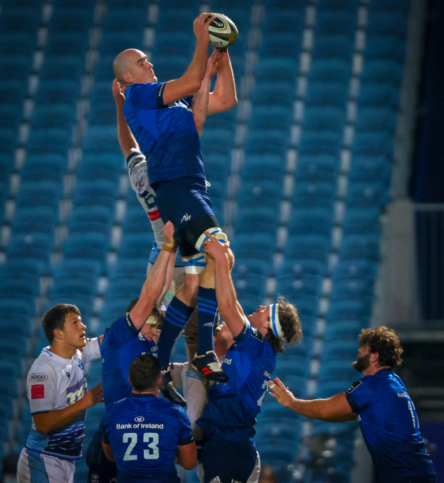 devin-toner-wins-a-line-out