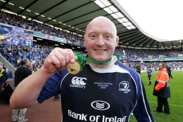 bernard-jackman-shows-off-his-medal