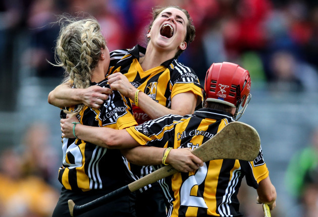 katie-power-celebrates-with-jacqui-frisby-and-grace-walsh-at-the-final-whistle