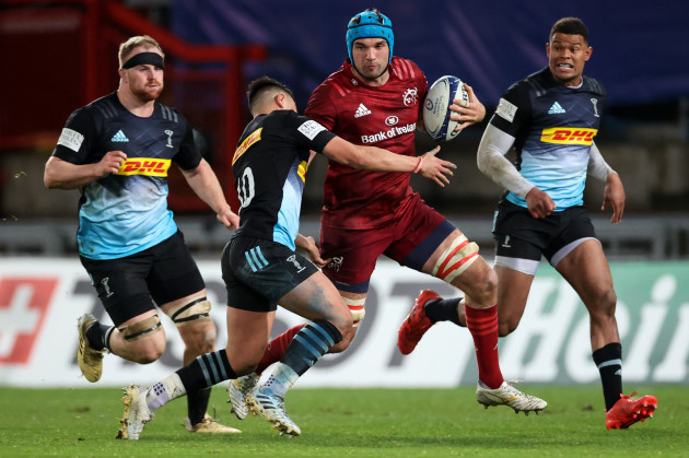 tadhg-beirne-is-tackled-by-marcus-smith