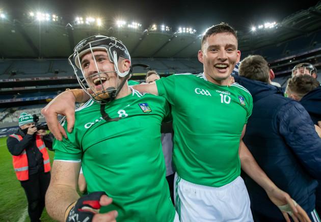 darragh-odonovan-and-gearoid-hegarty-celebrate-winning-the-all-ireland-hurling-final