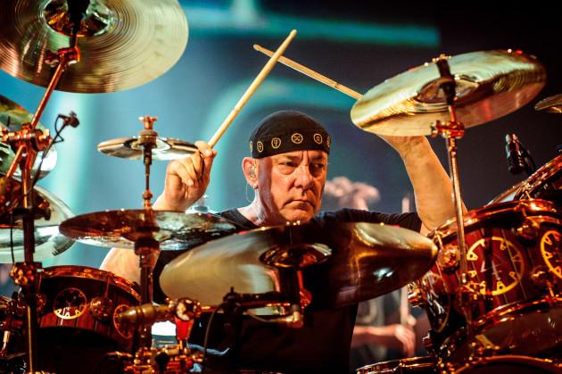 neil-peart-1952-2020-amrerican-rock-drummer