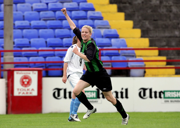 ruth-comerford-celebrates-her-goal