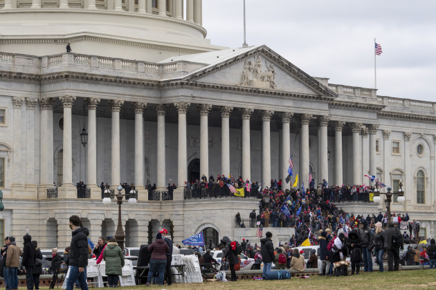 news-protests-in-washington-dc-as-the-u-s-congress-meets-to-formally-ratify-the-presidential-election