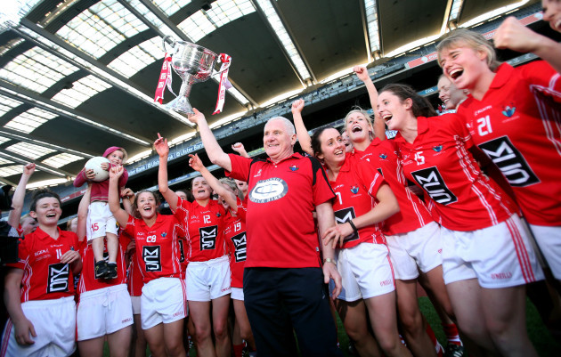 eamonn-ryan-celebrates-with-his-team