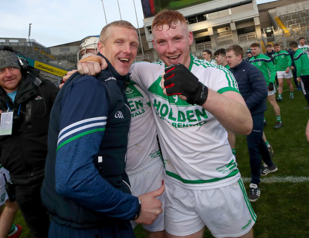 henry-shefflin-and-patrick-mullen-celebrate-after-the-game