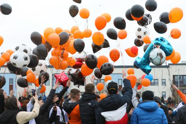 Josh Dunne balloons 005